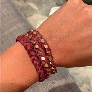 Triple wrap leaver bracelet
